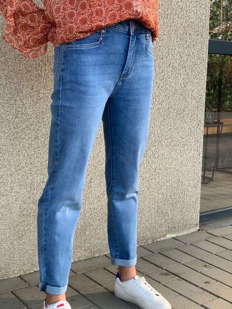 LEONARDO jeans-1