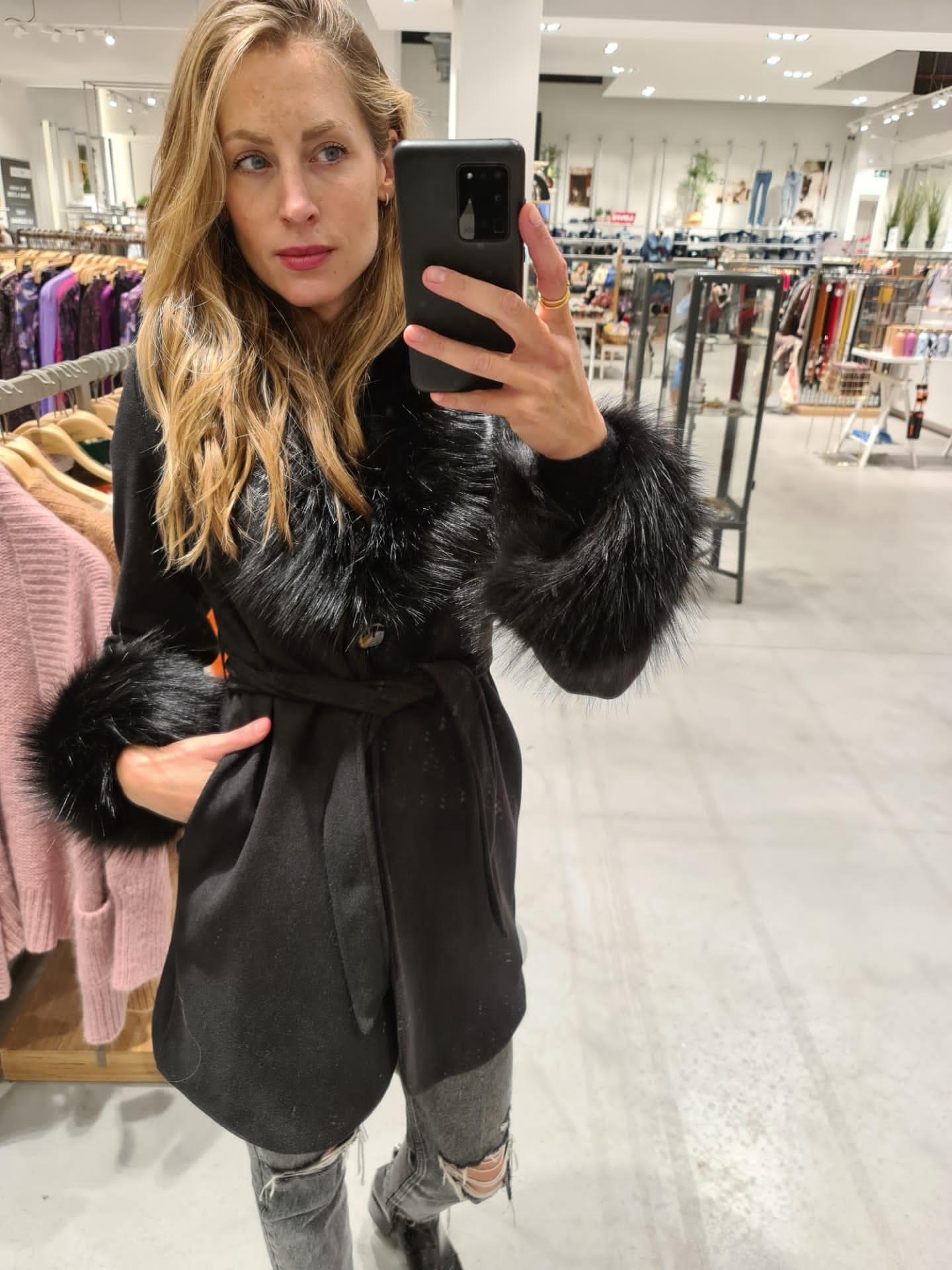 AMANDA veste noire-2