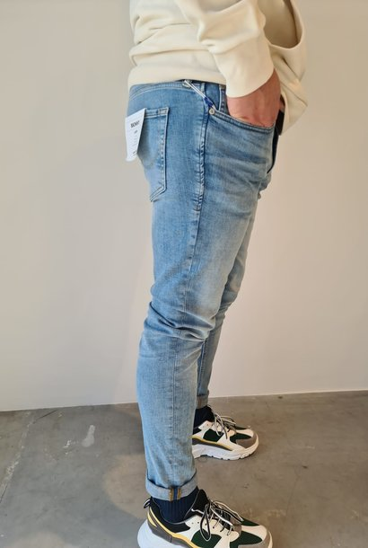 LAURENT jeans
