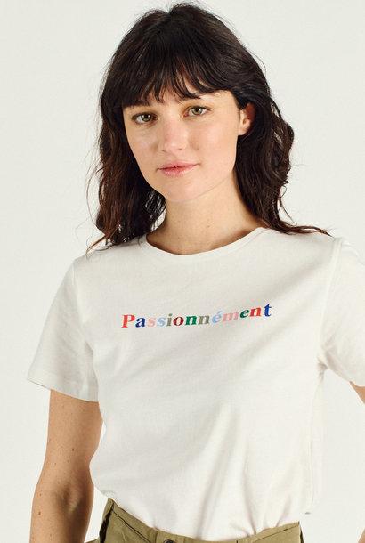 RAIHANA  t-shirt