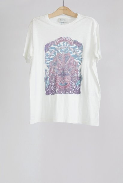 EARLY t-shirt