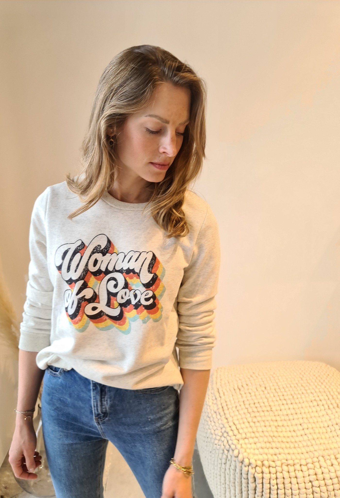 WOMAN OF LOVE pull-2