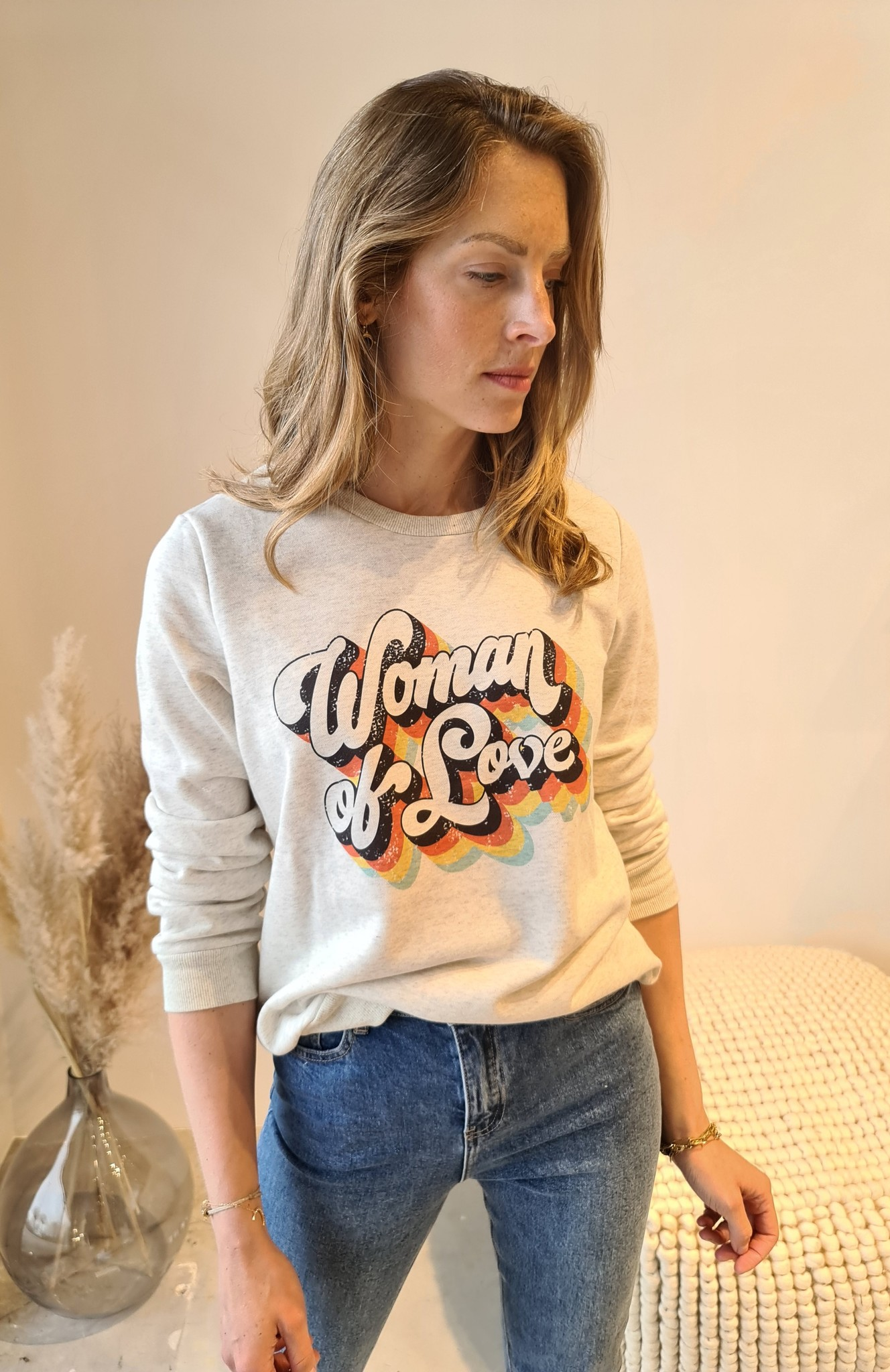WOMAN OF LOVE pull-3