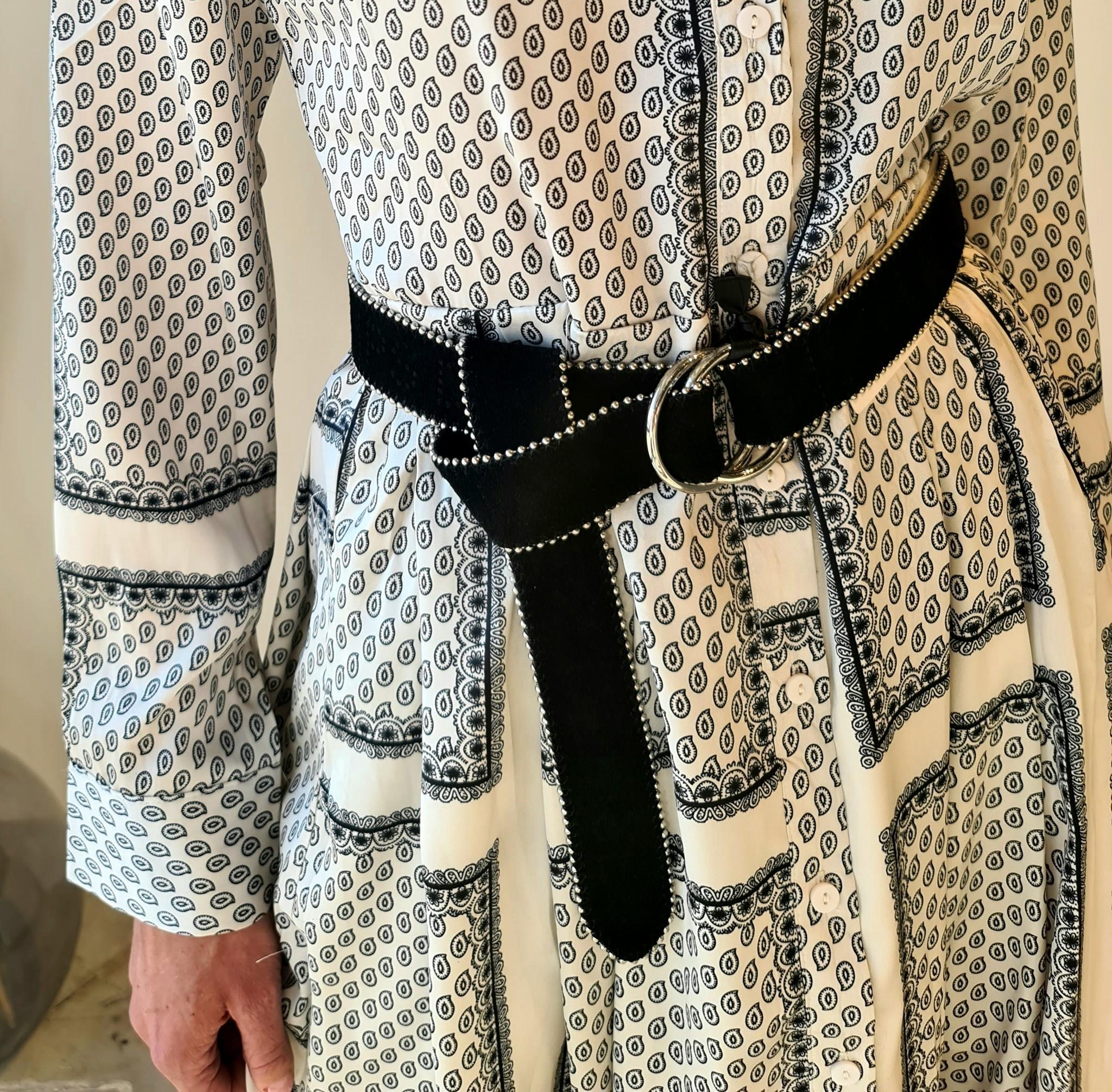 RAMA robe-5