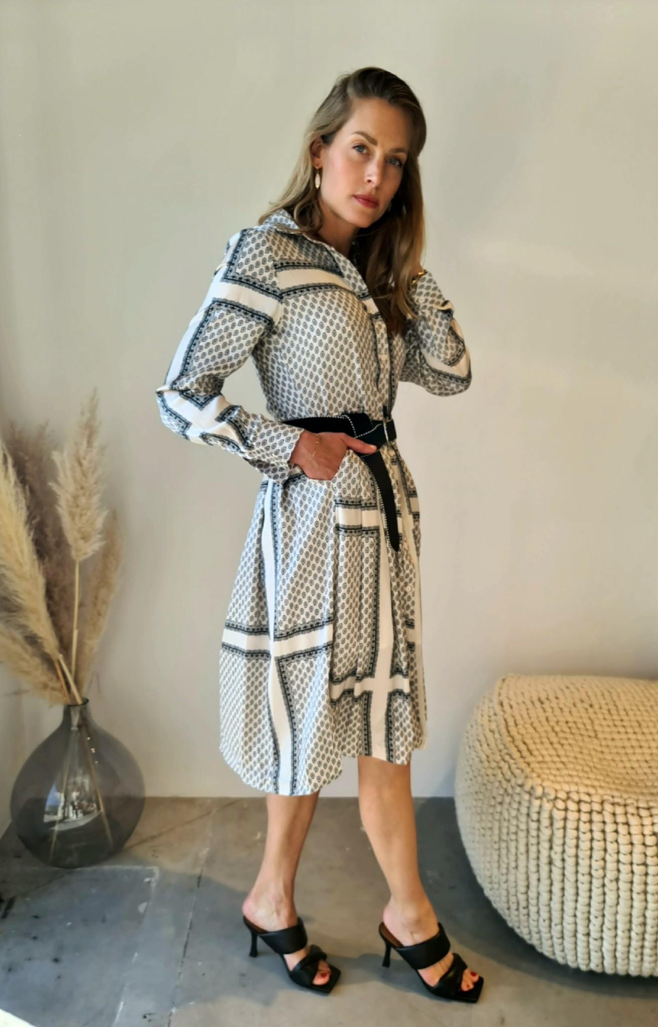 RAMA robe-8