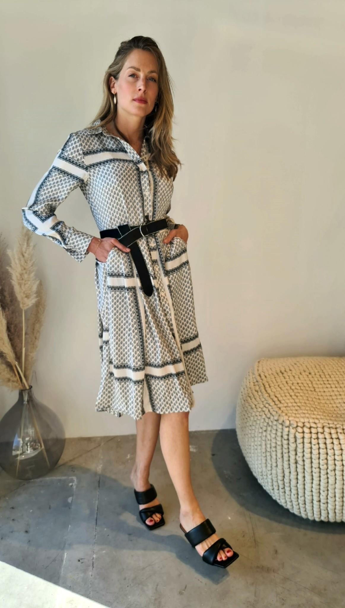 RAMA robe-1