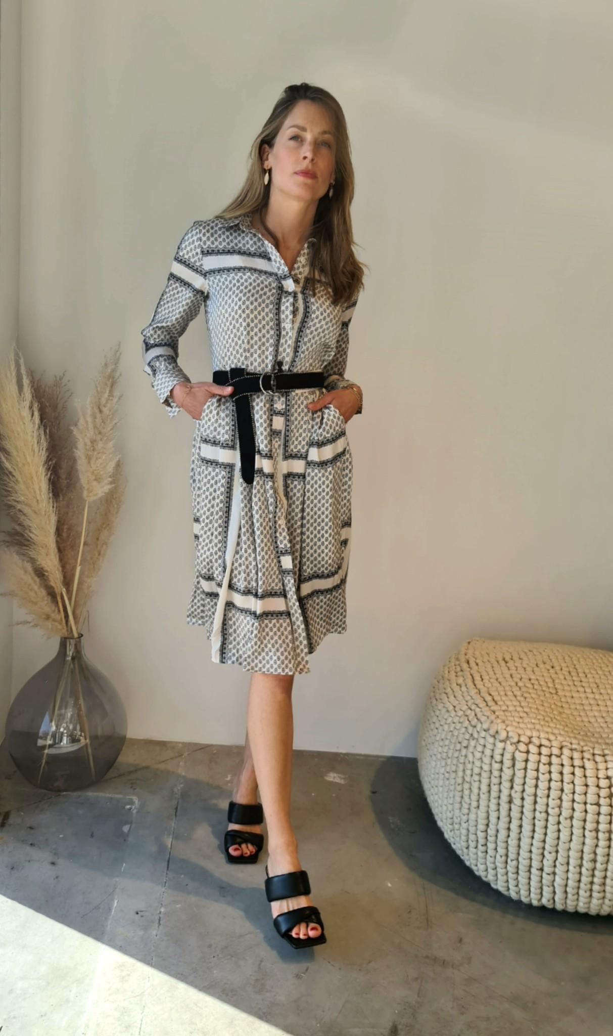 RAMA robe-10