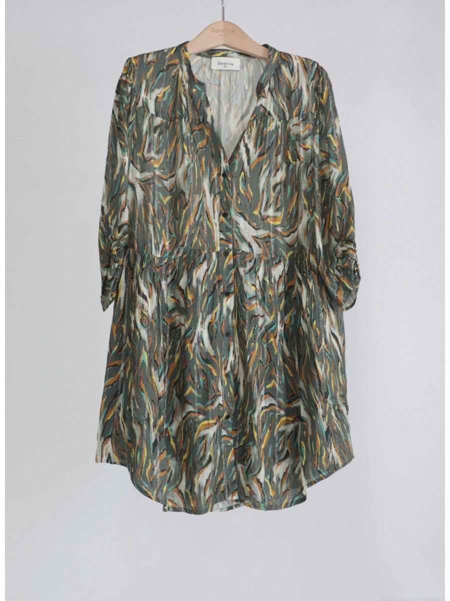 RAJA robe-1