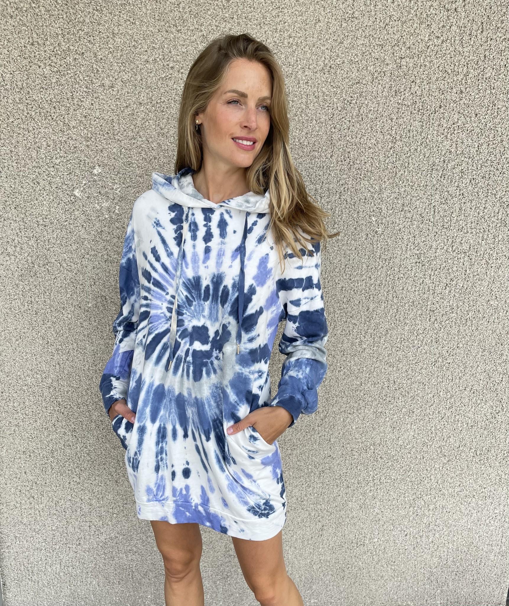 CHARLOTTE pull robe oversize à capuche-1
