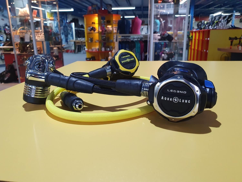 aqualung legend scuba diving regulator