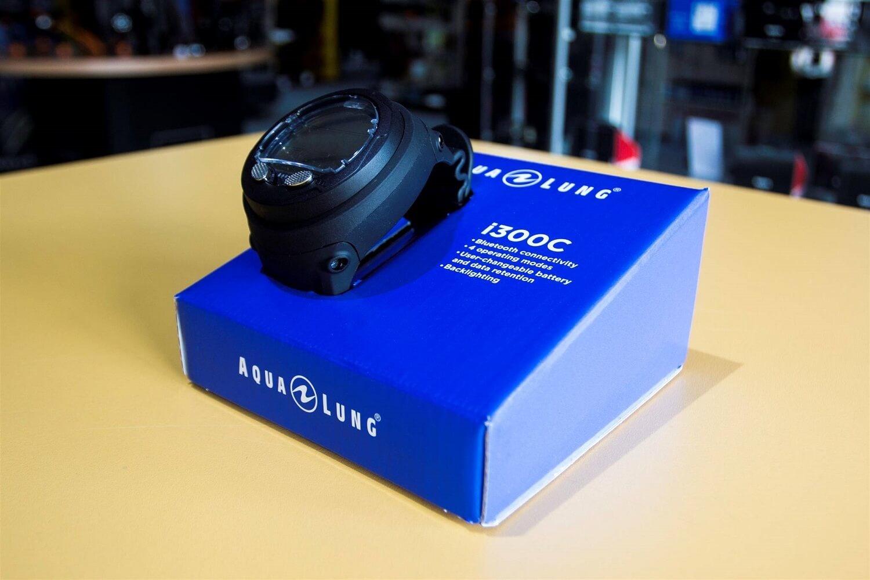 The Aqualung i300C-2