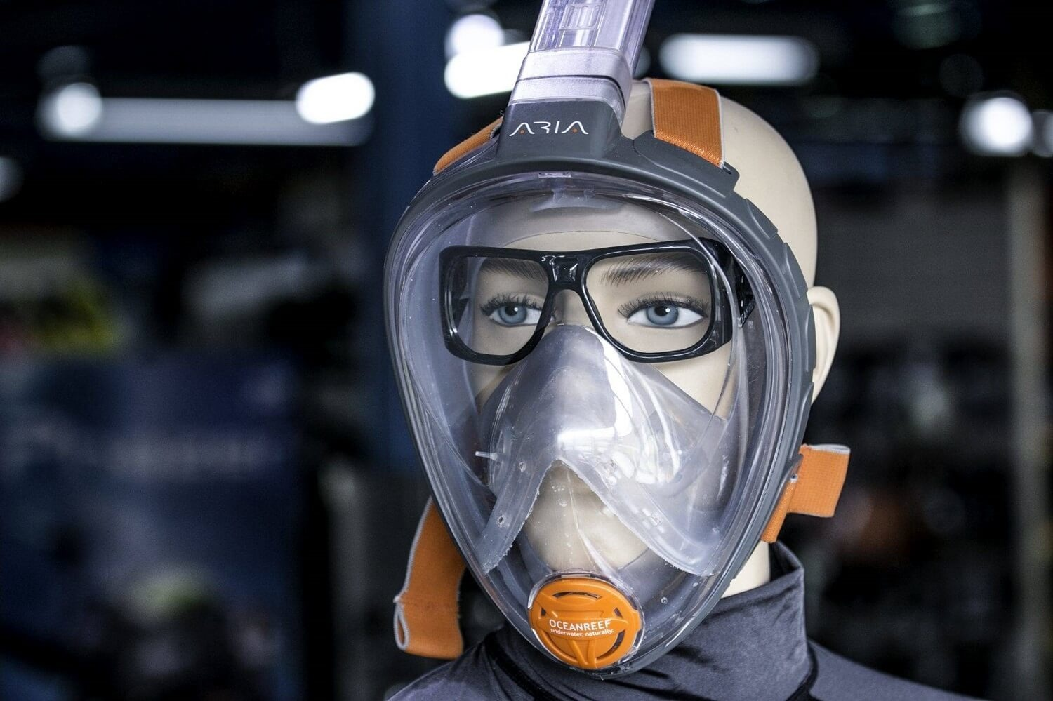 How does a snorkel mask work-1