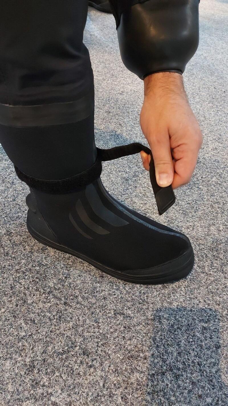 duiklaarzen camaro droogpak