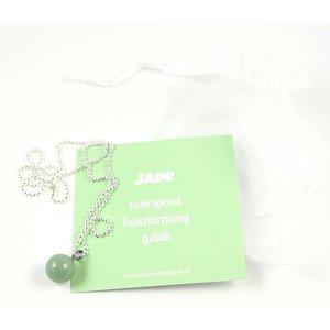 Ketting met jade hangertje