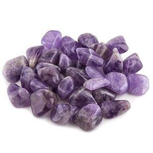 Zakje met 100 gram Amethyst trommelstenen.