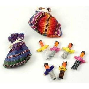 Zakje worry dolls met 6 kleine zorgenpoppetjes | eenbeetjegeluk.nl