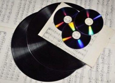 DVD / CD / Vinyl