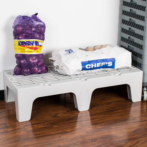 """Cambro Slotted Top Bow Tie Dunnage Rack 