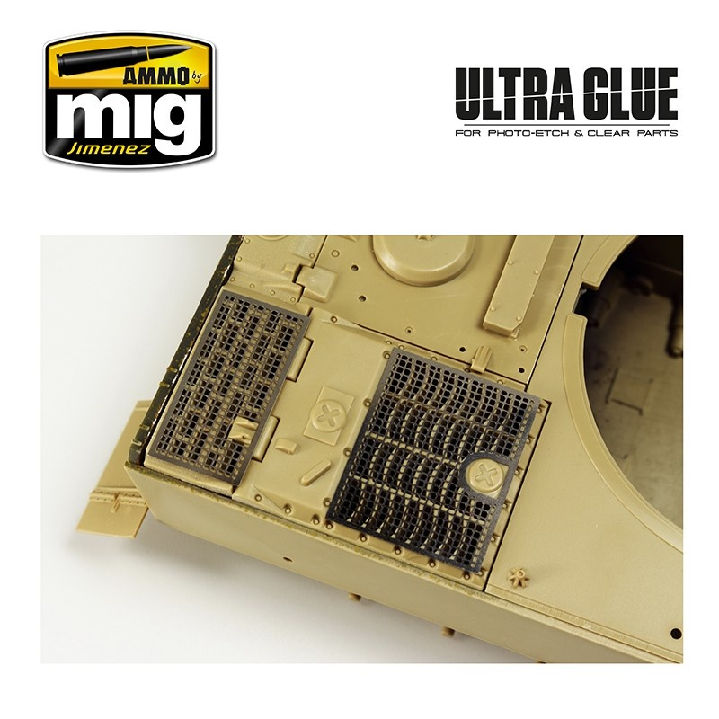 Ammo by Mig Jimenez Ultra Glue - For Etch, Clear Parts & More (Acrylic Waterbase Glue) - A.MIG-2031