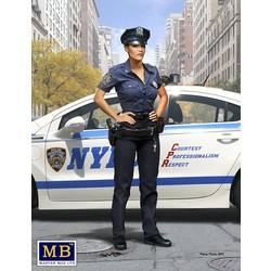 """Dangerous Curves Series, Ashley – Field Interview""  - Masterbox - MBLTD24027"
