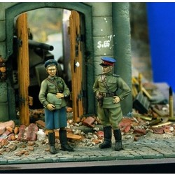 Soviet Officers WWII - Scale 1/35 - Verlinden Productions - VLP-0905