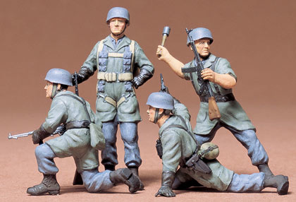 Tamiya German Parachuters Set ** - Scale 1/35 - Tamiya - TAM35012
