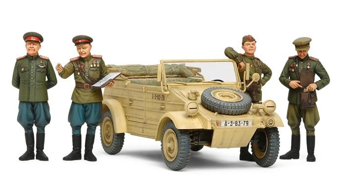 Tamiya Russian Commanders/Staff Car - W/4 Figures - Scale 1/35 - Tamiya - TAM25153