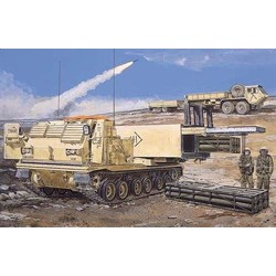 M270 Mlrs W/M26 Rocket Pods - Scale 1/35 - Dragon - DRN 03523