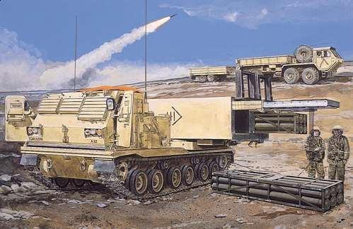 Dragon M270 Mlrs W/M26 Rocket Pods - Scale 1/35 - Dragon - DRN 03523