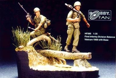 Hobbyfan 1St Infantry Div. Balance Vietnam ´68 with base - Scale 1/35 - Hobby Fan - HFN-HF505