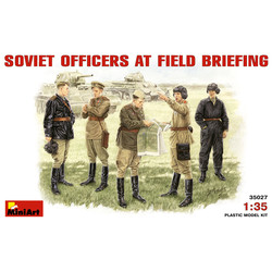 Soviet Officers At Field Briefing - Scale 1/35 - Mini Art - MIT35027