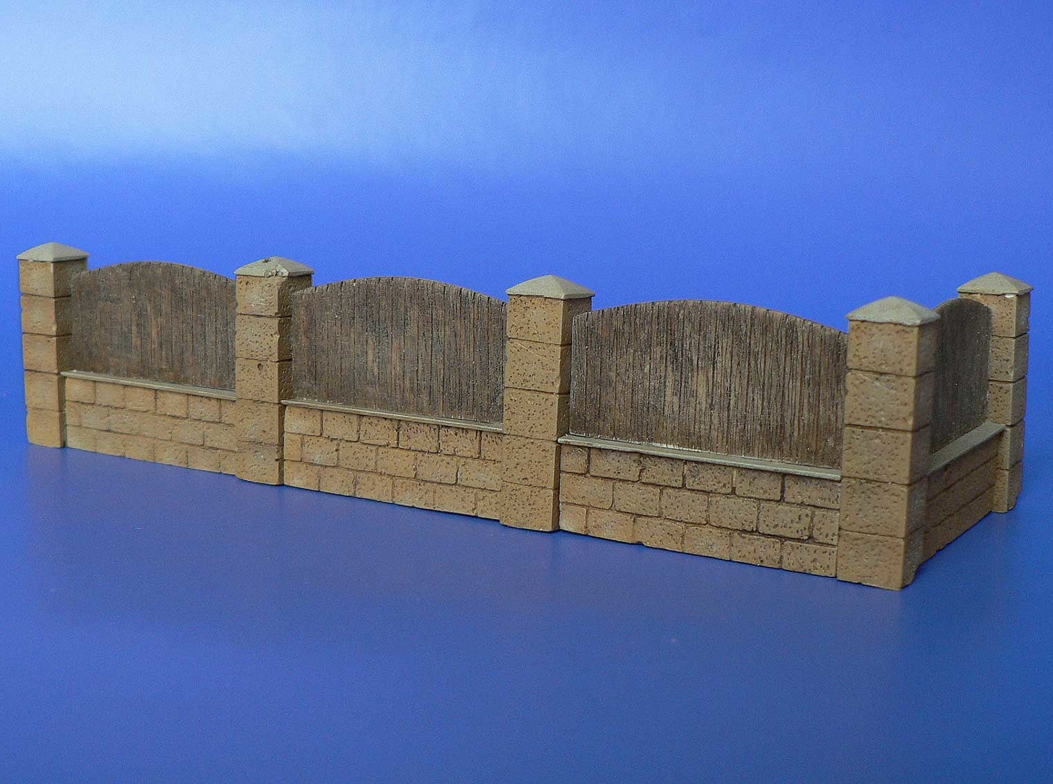 Minimali Productions Fence With Underpinning - Scale 1/72 - Minimali Productions - Mii 025