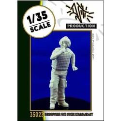 GTK boxer Kommandant - Scale 1/35 - Djiti - DJS35023
