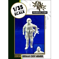 German crew member - Scale 1/35 - Djiti - DJS35034