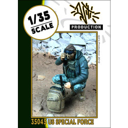 SOF operator radio - Scale 1/35 - Djiti - DJS35045