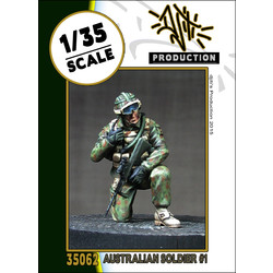 Australian soldier 1 - Scale 1/35 - Djiti - DJS35062
