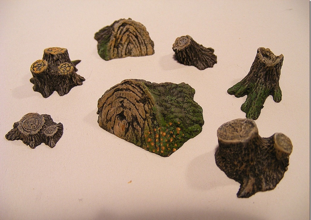 Reality in Scale Tree Stumps & Mushrooms Set - 14 Tree Stumps & 6 Mushrooms - Reality in Scale - RIS 35172