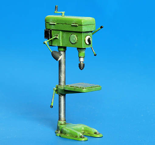 Plus Model Drill Press - Scale 1/35 - Plusmodel - PLL 337