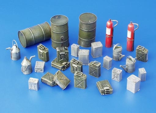 Plus Model Fuel - Stock Equipment, Allies - WW II - Scale 1/35 - Plusmodel - PLL 114