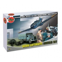 Wwii Luftwaffe Airfield - Scale 1/72 - Airfix - AIX06902