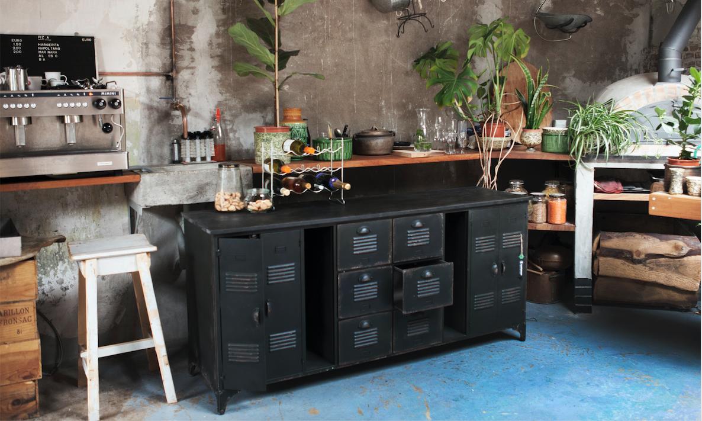 Arvids Liebling: Industrielles Sideboard XL