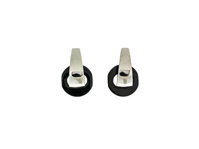 Edelstaal oorbellen met afneembaar zwart element CLARICE