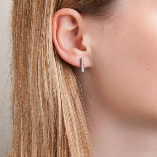 Zilver oorbellen met zirconia JANNE