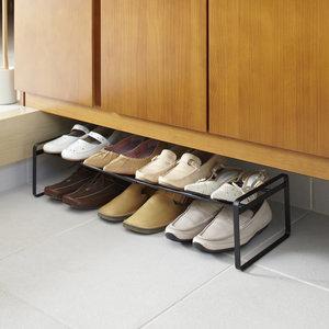 Uitschuifbaar schoenenrek 41 - 70 cm Yamazaki