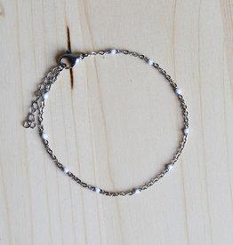 White dot bracelet silver