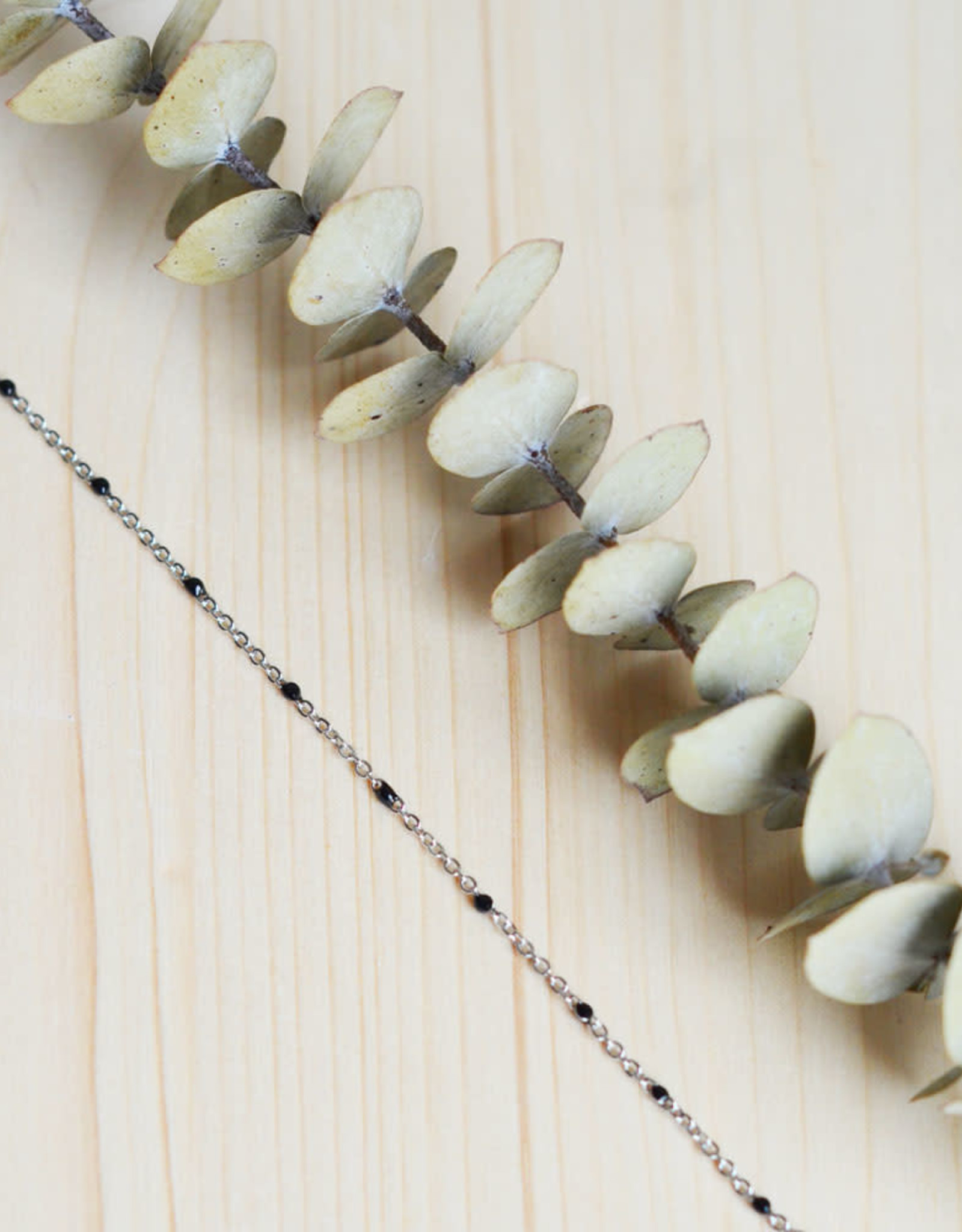 Black dot bracelet silver