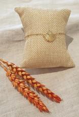 shell white bracelet