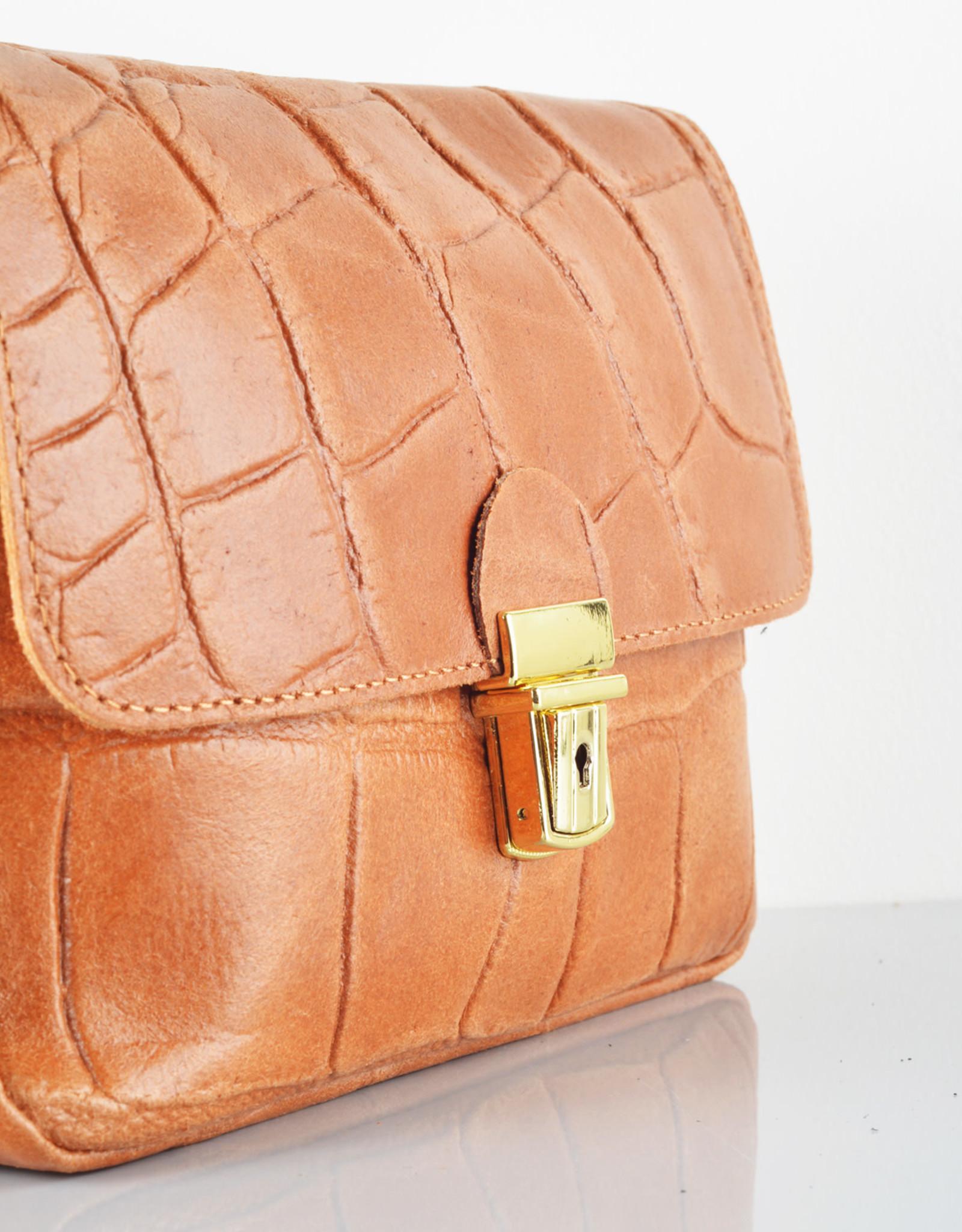 Croco gold bag camel