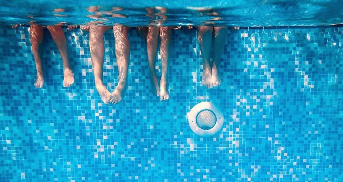 Leerrijke lessen voor  kinderen over zwembadonderhoud.