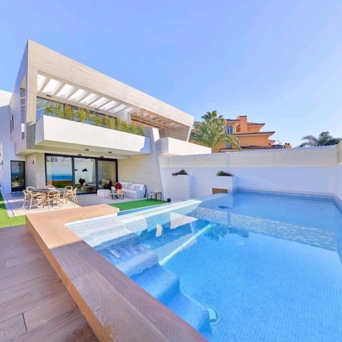 Tips & tricks for pool owners in Spain
